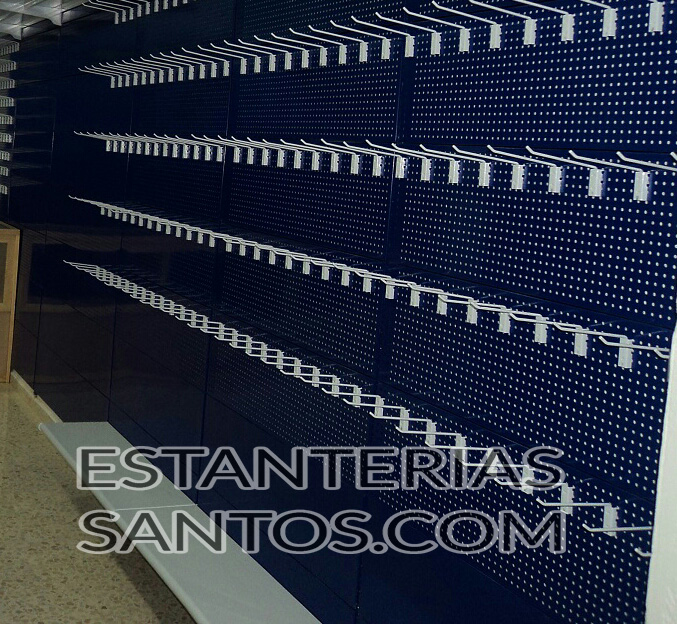 Estanter a cremallera pared con trasera perforada para ganchos estanterias santos - Ganchos para estanterias ...